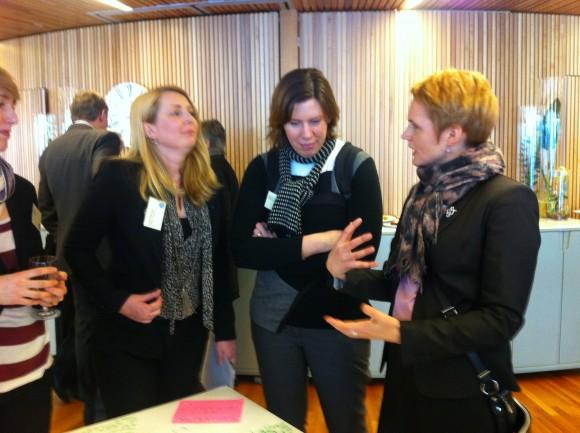 IT-minister Anna-Karin Hatt diskuterar öppna data i Skåne.