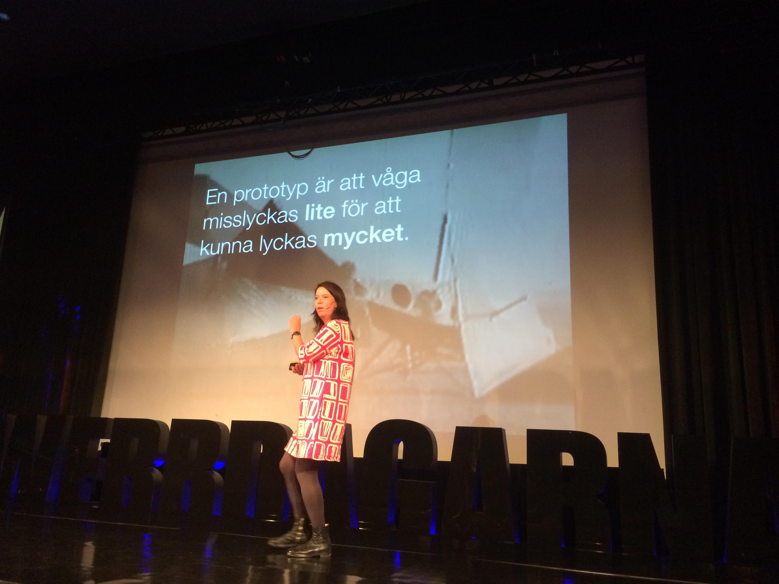 Lisa Lindström - Välkommen till prototypsamhället