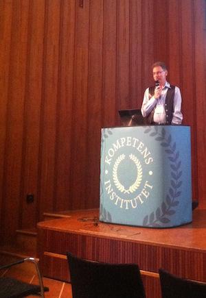Nils-Erik Gustafsson på konferensen Smarta Intranät. Foto: Joakim Axelsson