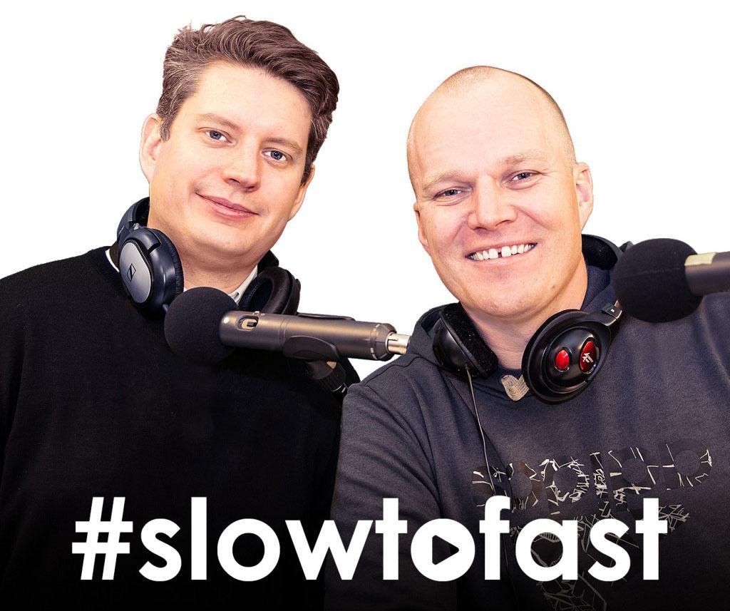 Marcus Castenfors, Head of product design och Dennis Hettema, Chief Innovation Officer på Nordnet kör podden #slowtofast tillsammans.